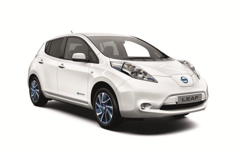 Nissan Leaf zijnaanzicht