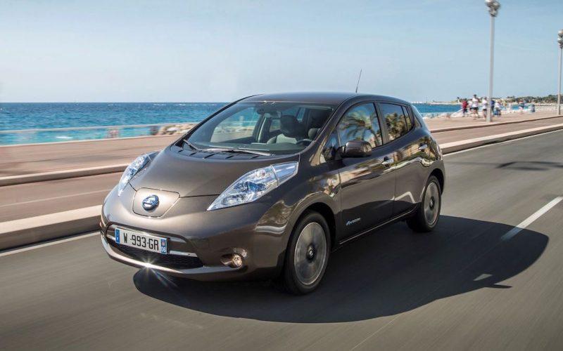 Nissan Leaf bruin