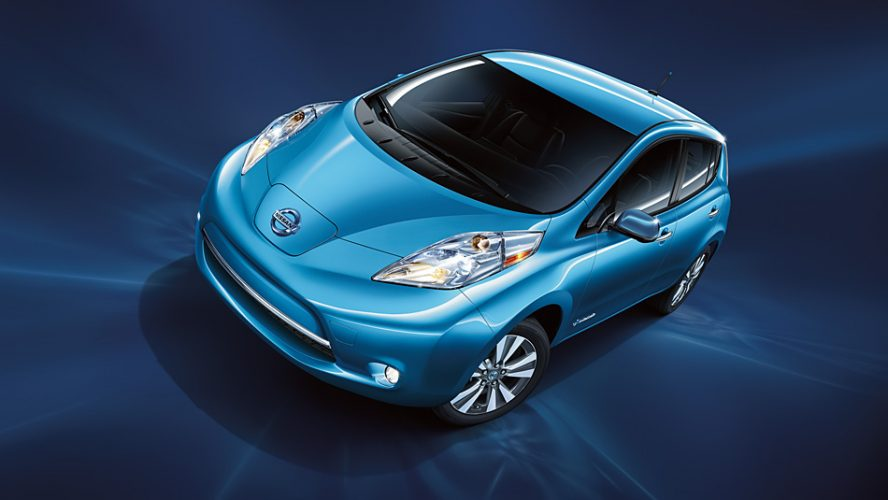 Blauwe Nissan Leaf 2016