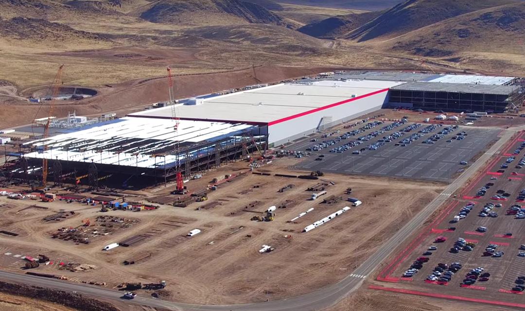 Voortgang Tesla gigafactory mooi in beeld gebracht