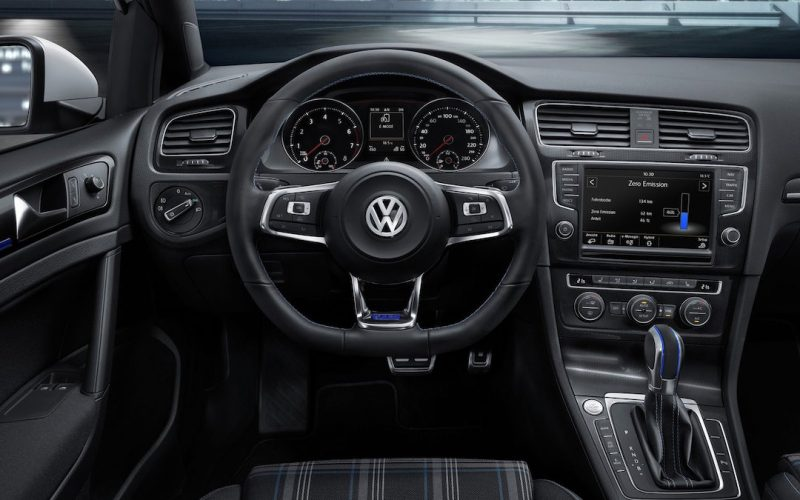 volkswagen golf gte 2017. Black Bedroom Furniture Sets. Home Design Ideas