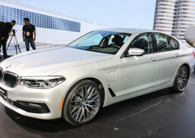 2018-bmw-530e-iperformance-02