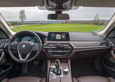 2018-bmw-530e-iperformance-16