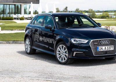Audi A3 e-tron blauw