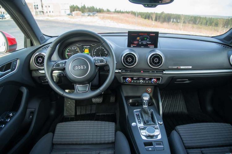 audi a3 e tron interieur elektrischeauto com. Black Bedroom Furniture Sets. Home Design Ideas