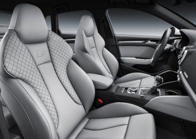 Audi A3 e-tron s-line interieur