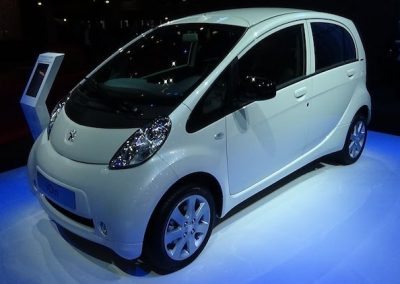 Peugeot iOn wit