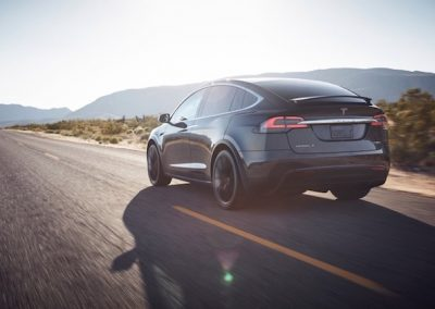 Tesla Model X P100D achterkant