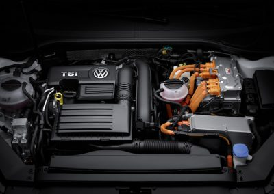 Volkswagen Passat GTE Variant-06