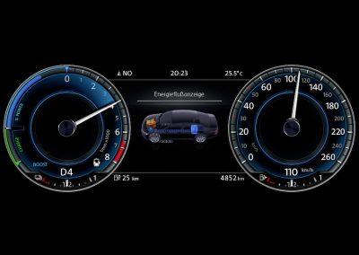 Volkswagen Passat GTE Variant-11